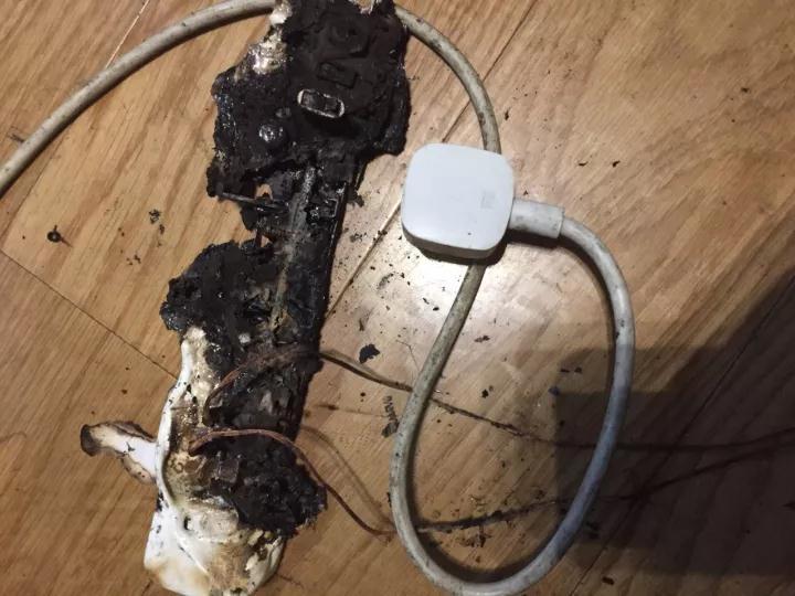 因为用了小米插线板,我损失了12000块-激流网