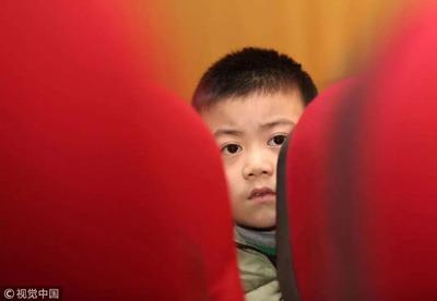 留守儿童的父母有多难-激流网