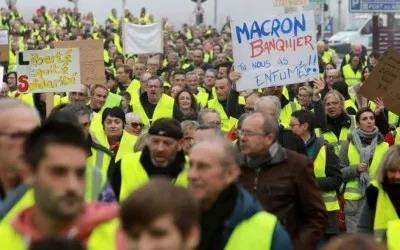 """法国已经被""""黄背心""""覆盖了-激流网"""