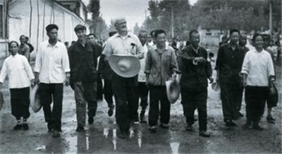 韩丁:农业合作化运动是极左吗?-激流网