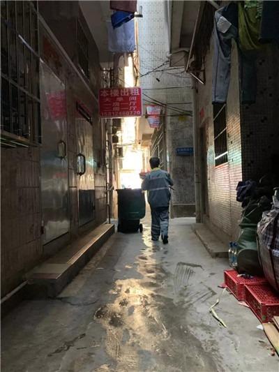 消失的环卫工人与看不见的城中村-激流网