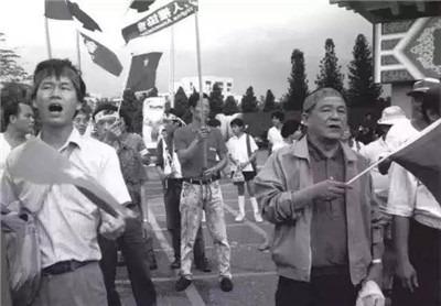 藍博洲:從騎白馬到戴紅帽的政治犯——陳明忠-激流網