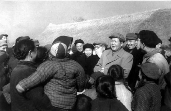 阳和平:简论毛泽东的群众观——纪念毛主席诞辰126周年-激流网