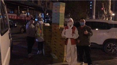 新冠疫情研究行动   一个武汉青年的行动与所见-激流网