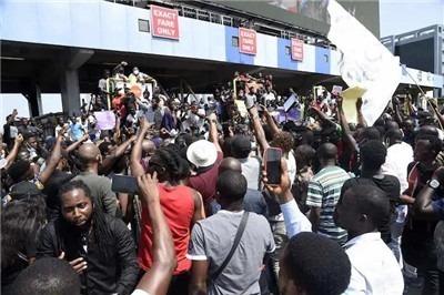 尼日利亞反警暴抗議:槍擊、疫情、社會危機與青年力量聯結-激流網